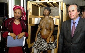 Heading for home: a ceremony at the South African embassy in Paris to mark the return of the remains of Saartije Baartman Photo: REMY DE LA MAUVINIERE/AP