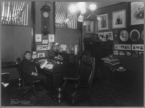 William Pinkerton in his Chicago office